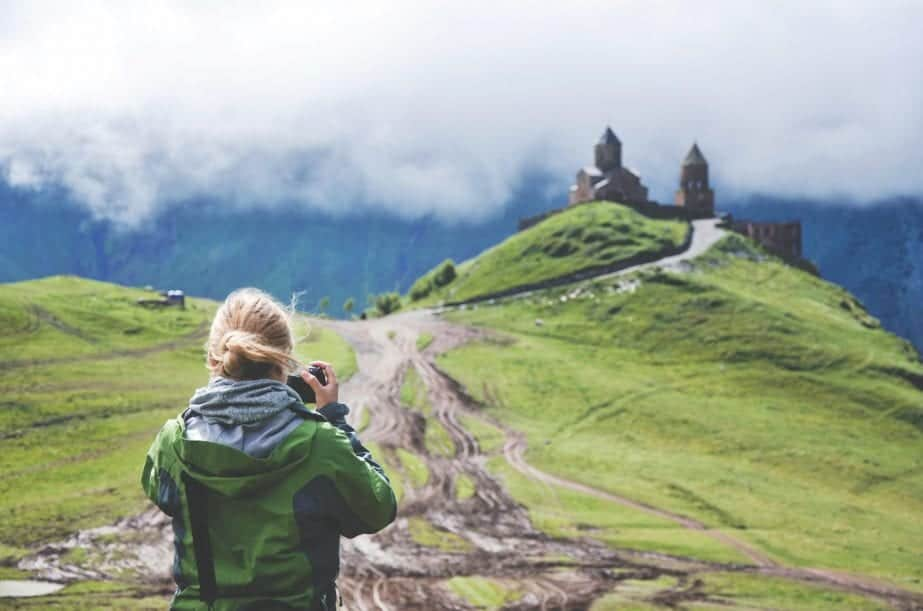 Three Tips on How to Save Significantly While Traveling