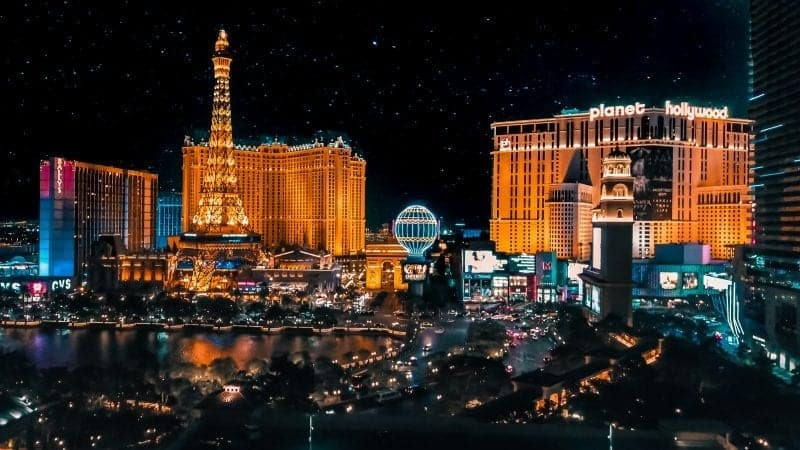 11 Incredible Things to do in Vegas