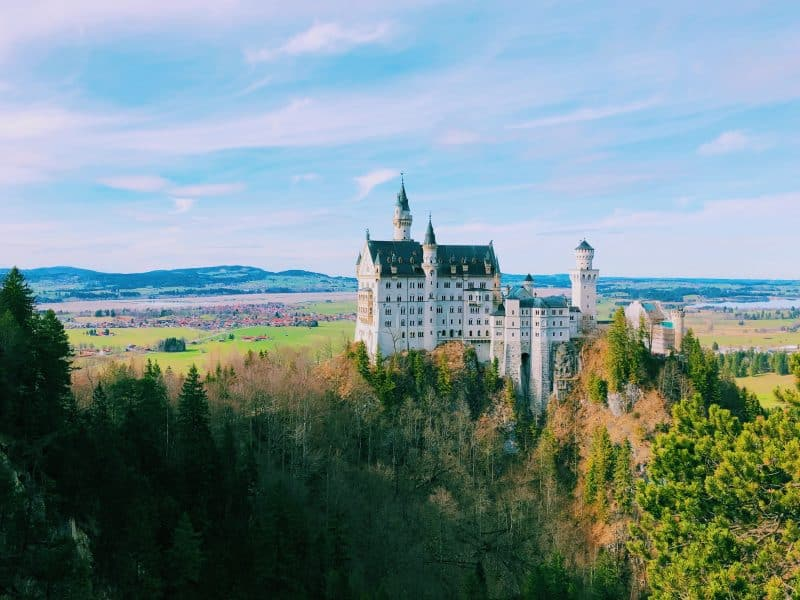 13 Incredible Castles in Europe You Must See!